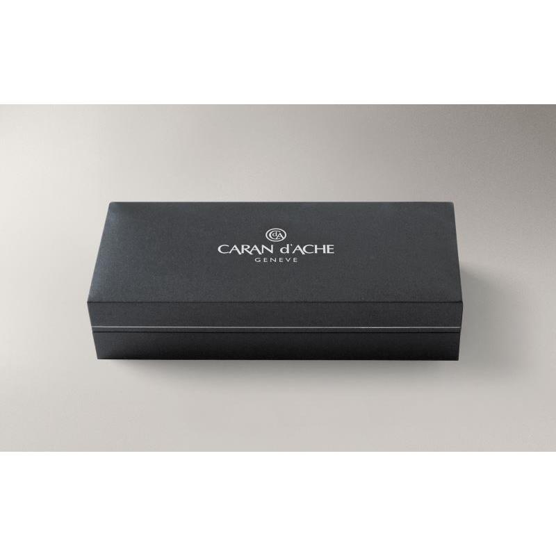 Caran d'Ache Chevron Silver Roller Kalem 838.286
