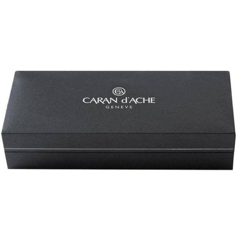 Caran d'Ache Yacht Club Plume Tükenmez Kalem 890.511