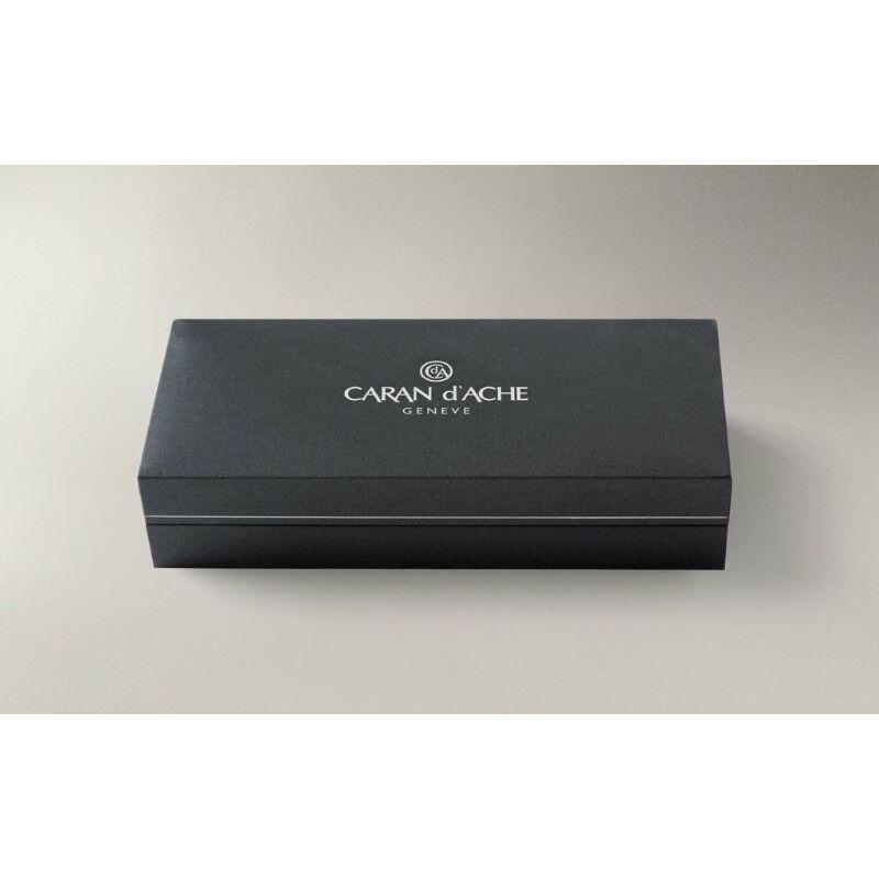 Caran d'Ache Chevron Versatil Kalem 0.7mm 4.286
