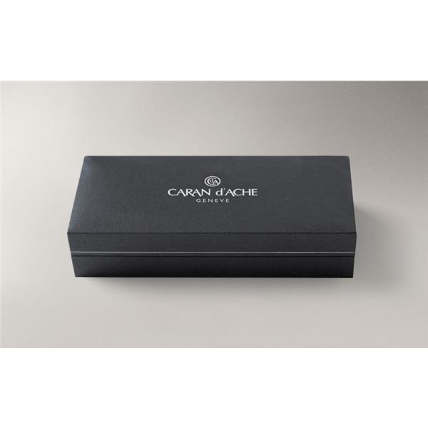 Caran d'Ache Rnx.316 Pvd Black Version Tükenmez Kalem 4580.080